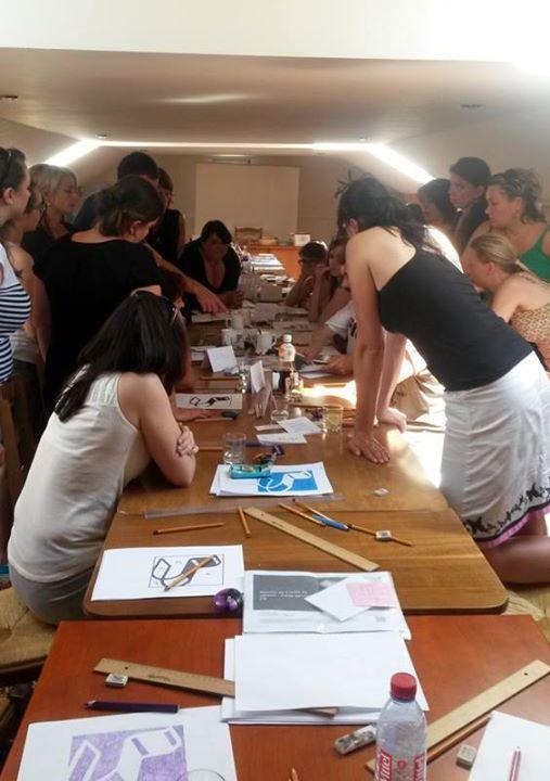 Kresleni Pravou Mozkovou Hemisferou Atelier Mozaika